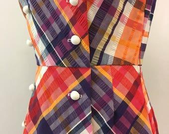 Colorful seersucker maxi dress * Vintage 1960s 1970s wrap style dress * 60s 70s plaid cotton dress