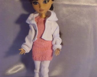 41 outfit sports type monster or ever after dolls