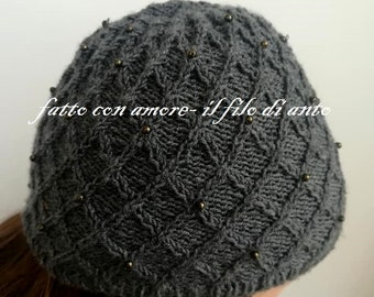 Women's hat in pure merino wool 100% with beads