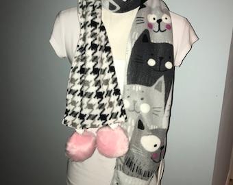 Cat Lover's Scarf Pompom fleece