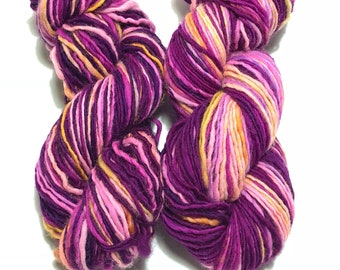 Hand dyed | Handspun yarn | Single ply Heavy Worsted Weight | 4oz. | 180 yards | Colorway: Fuscia