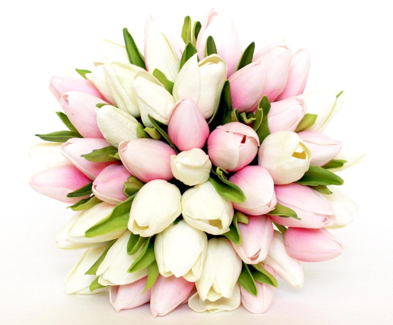Wedding bouquet tulip pink wedding bouquet pink and white zoom mightylinksfo