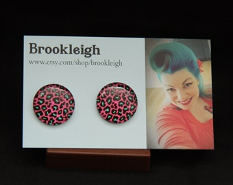"Glass cabochon 20mm (7/8""), Retro/ Vintage /Rockabilly inspired. PINK/GREEN fluro leopard print design"