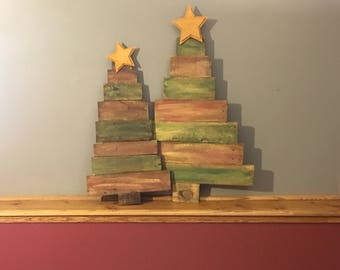 Christmas Tree - FREE SHIPPING! - Pallet Wood