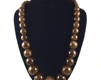 Vintage Marmor Perlen Halskette / Kunststoff Murmeln / lange Perlen Halskette / braun beige Karamell / Vintage Schmuck / Vintage Halskette