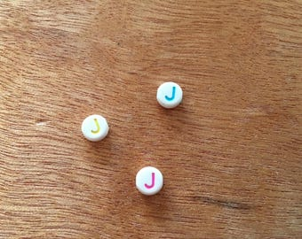 """letter """"j"""" round acrylic 7 mm 10 beads"""