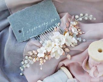 Flower hair comb Silk flower hair comb Silk flower headpiece Bridal hair comb Wedding hair accessories wedding hair comb vintage headpiece