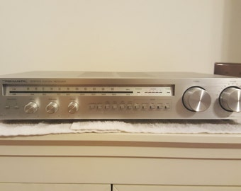 Realistic model number 31-1999 stereo AM/FM reciever