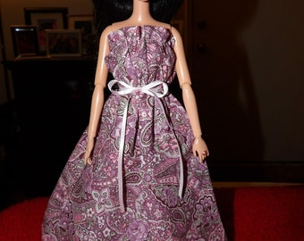 Handmade ruffle edged maxi dress in pink floral paisley for Fashion Dolls - ed1082
