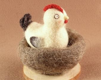 broody-hen ryaba, wool toy, needle felting