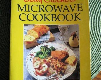 BETTY CROCKER'S microwave cookbook printed 1990