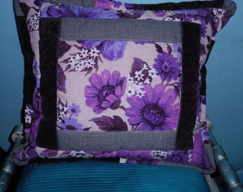 VINTAGE STYLE floral quilted cushion cover