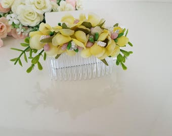 Flower Hair Comb, Green Leaves Bridal Jewelry Hair comb,Wedding,Bridesmaid Gift  Bridal Rustic,Bridal Hair Piece, Comb,Floral Accessories