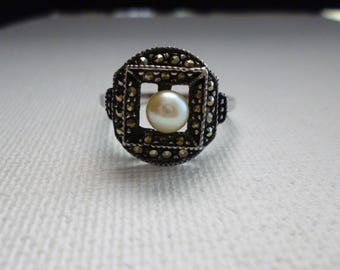 Sterling Silver Marcasite Pearl Ring