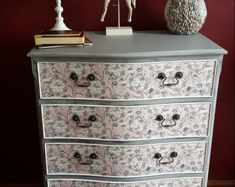 Lovely Chest of Drawers/Shabby chic/Vintage/grey pink white/Handmade/Unique