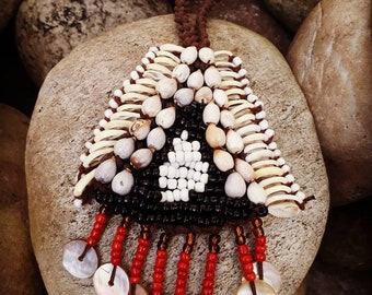 Tribal shell necklace, primitive necklace