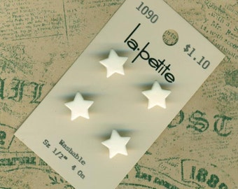 Fun White Stars ~ 4 Vintage Realistic Plastic Buttons ~ La Petite Card ~ 1/2 inch 13mm ~ Goofies Goofy Sewing Buttons