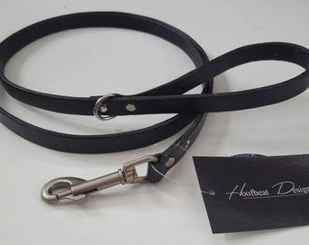 5 ft x 5/8 in Black Leather Dog Leash with Satin Swivel Snap and Dee Ring for Poo Bags