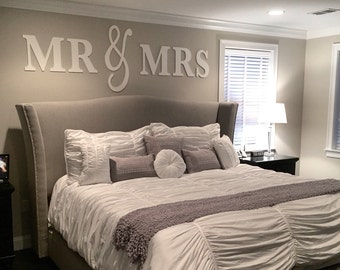 Mr & Mrs Wall Sign Above Bed Decor, Mr and Mrs Sign for Over Headboard, Home Decor Bedroom Wedding Gift (Item - MMW100)