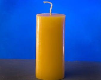 Queen bee honey Beeswax slim line pillar candle