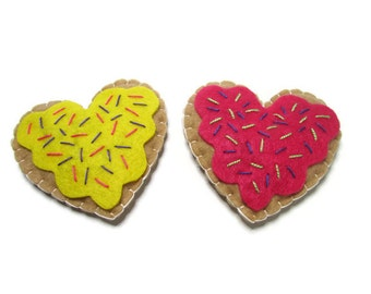 Cat Toy - Heart Shaped Catnip Kitty Cookies - 2 Cookies  - Available in Catnip, Lemongrass, SilverVine, Valerian, and Honeysuckle