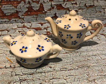 Vintage Tea Pot and Sugar Bowl Salt and Pepper Shakers