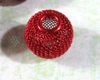 20 Wire Mesh Beads 25mm Red(B377)