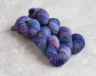 Pixie Pot OOAK - Hand Dyed Speckled Merino Single Ply 1 skein 100g