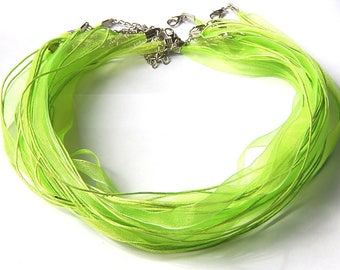 1 light green organza necklace with lobster clasp 47cm