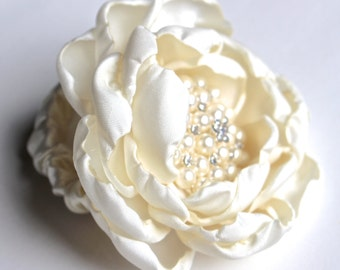 WEDDING CORSAGE- Wrist Wedding Corsage, Fabric Flower Corsage, Pearl Bracelet, Ivory Corsage - Made to order