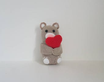 Valentines Bear with Love Heart, Small Bear with Heart, Amigurumi Bear, Valentines day gift - MADE TO ORDER