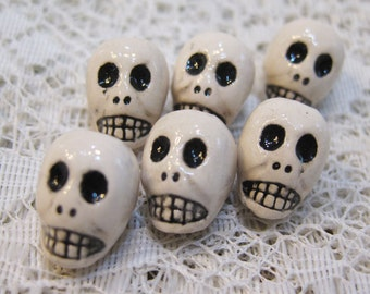 Skull Beads White Peruvian Ceramic Skull Beads with Black Features and Large Vertical Holes 13mm 10 Beads