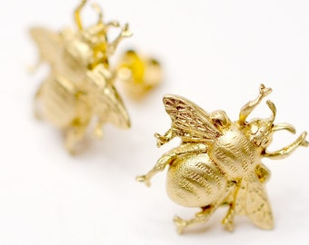 Bee Earrings, Bee Post Earrings, Bee stud earrings, Gold Bee Earrings, Bee Jewelry, Bee Posts, Mother's day Gift, Teacher's gift