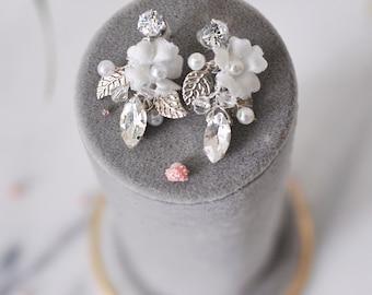Bridal Pearl Earrings, Pearl Stud Earrings, Bridal Earrings, Crystal Bridal Jewelry, Crystal Stud Earrings, Stud Pearls, Gift for Her/DHALI/