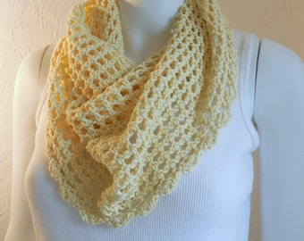 Soft yellow cotton cowl