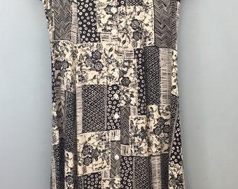 Long button up dress 12/14 Black cream Patchwork print Vintage 1990s