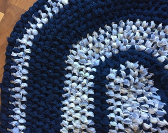 Blue hand made amish knot rug rag rug