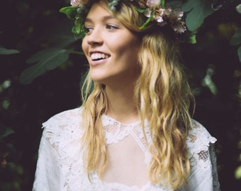 Pale Pink Flower Crown, Grape Vine Crown, Bridal crown