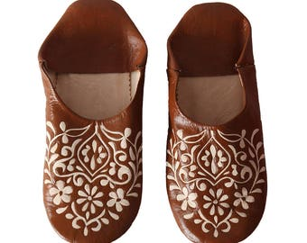 Babouche Light brown Floral pattern slippers
