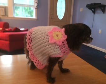 Precious sweater with pink and yellow flower accent