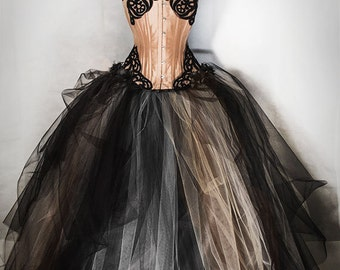 VINTAGE BALL GOWN in taffettà and tulle, with extremely wide crinoline skirt and tulle decorations.