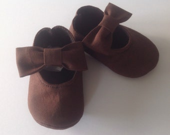 Brown Baby Girl Shoes with Bows on straps | Newborn size up to 24 Months