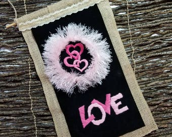 Love in Pink - Hand Embroidery Hoop Art Wall Hanging: Decoration, Gift