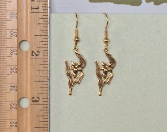 Lily Flower Earrings - Fleur de Lis Earrings - Antique Gold Flower Dangle Earrings