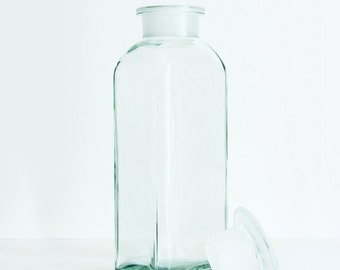 750 ml (25.4 fl oz) Clear Apothecary Jar, Square Czech Glass