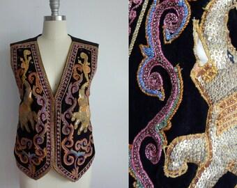 SALE VTG Embroidered Elephant Vest