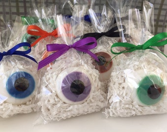 Eyeball Soap Favors - Set of 5 - Halloween Soap - Eye Soap - Halloween Favor - Gift Soap - Novelty Soap - Eye Soap Favor