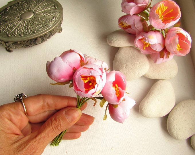 6 Small artificial cabbage roses  Blush pink peony flower buds  Small pink fabric flowers  Faux silk flower blossom  Pink fake flower buds