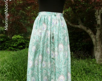 Vintage Midi Skirt, Peacock Feathers Print! Vintage 70s Boho, pale green lavender pink, high waist disco skirt, hippie chic Bohemian, Small