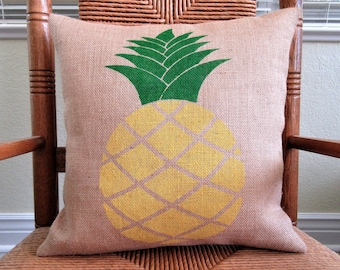 Pineapple pillow, Pineapple pillow cover, Burlap pillow, stenciled pillow,  FREE SHIPPING!